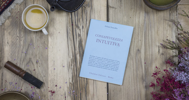 Recensione libro Achaan Sumedho - Consapevolezza Intuitiva - Psichedintorni.it